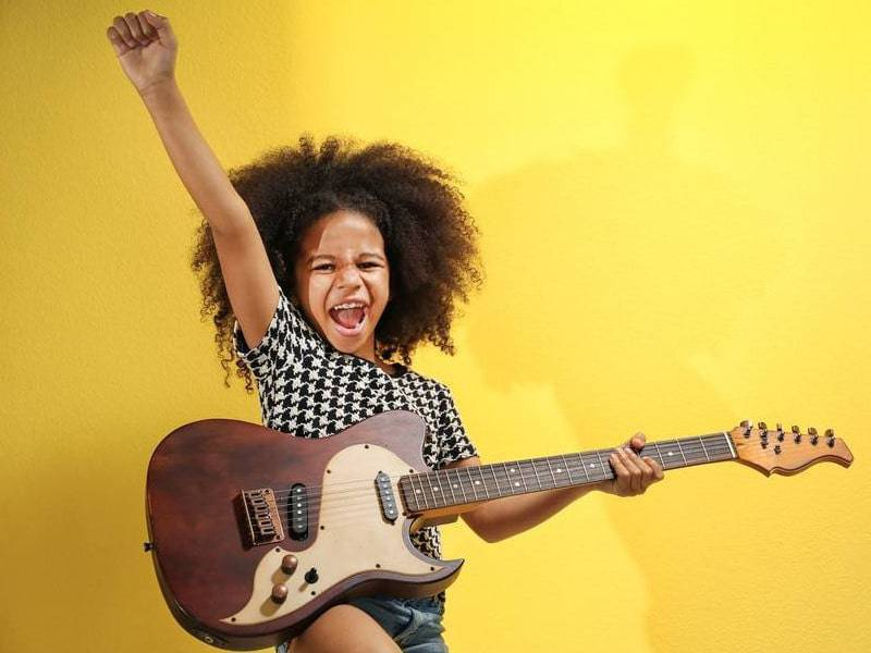 5 ways to get your young kids into music 1