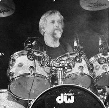 Steve_Thomas_Drums-1.jpg