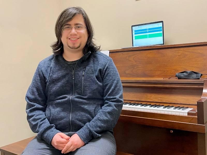 piano student Ian Gaynes