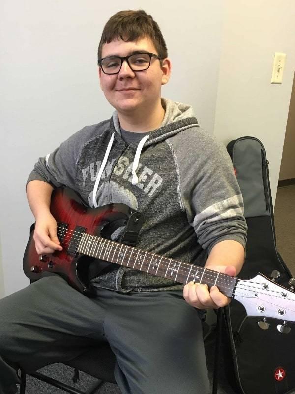Nick Lindblom guitar