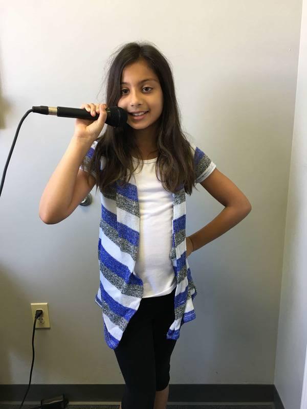 Anjali Priya voice