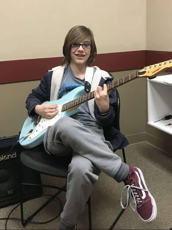 Noah Holt guitar