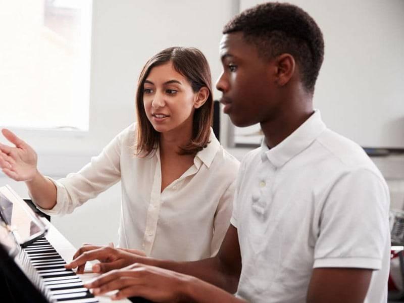 Private music lessons near me piano 3